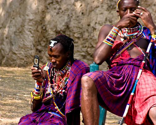 afrikaner-mit-handy.jpg