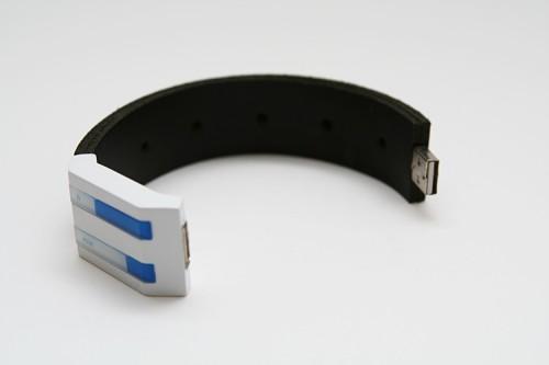 USBKrawatte, Trauringe, Uhr etc von dialog05