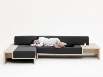 slow sofa ist eher eine couch mit tisch und ablage. Black Bedroom Furniture Sets. Home Design Ideas