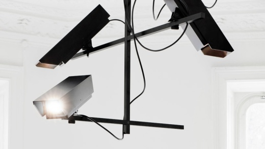 Überwachungskamera-Kronleuchter